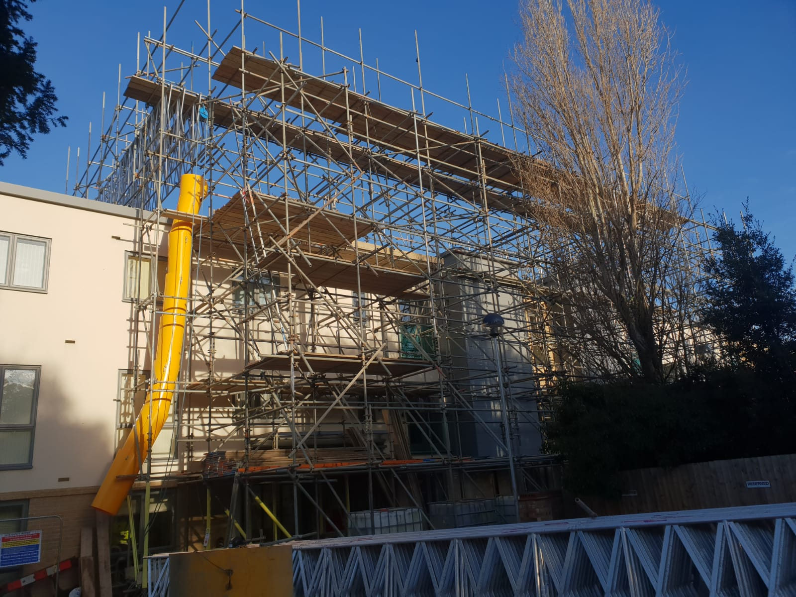Earls Scaffolding - Access & Temporary Roof Scaffolding - Huntingdon Care Home - Industrial Scaffolding v14