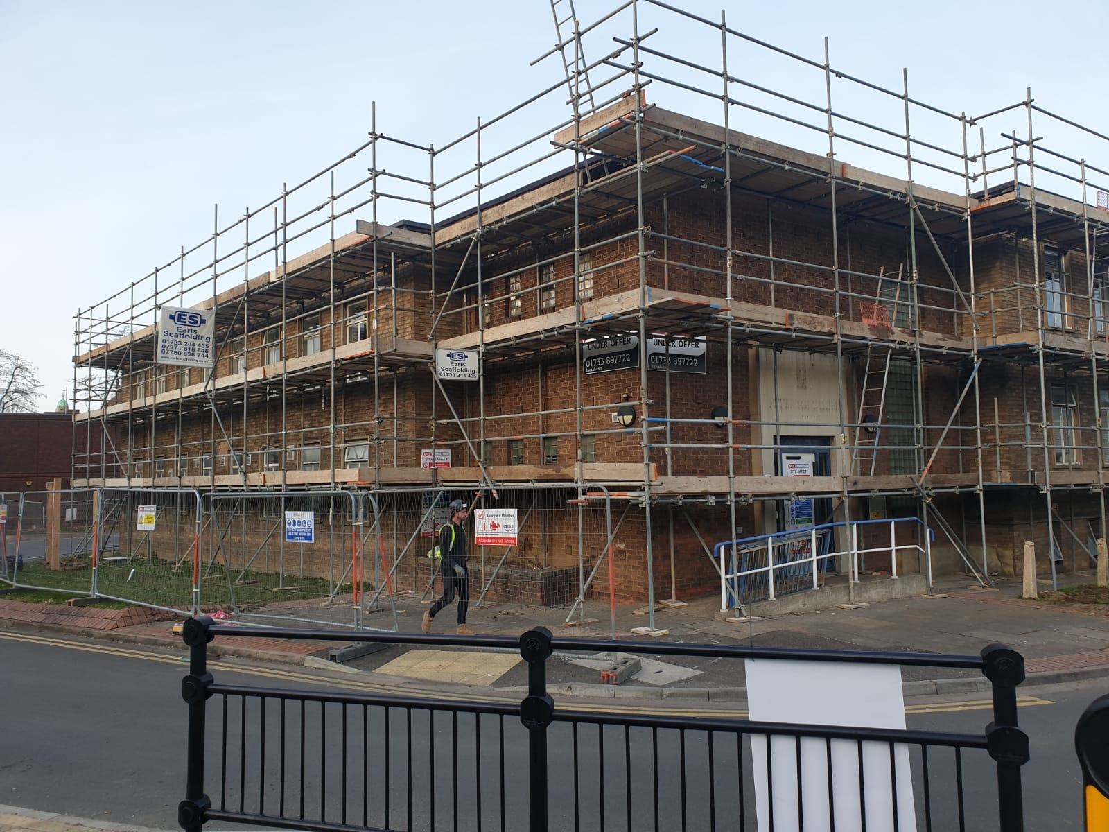 Earls Scaffolding - Independent Tied Scaffolding - Peterborough Police Station - Commercial Scaffolding